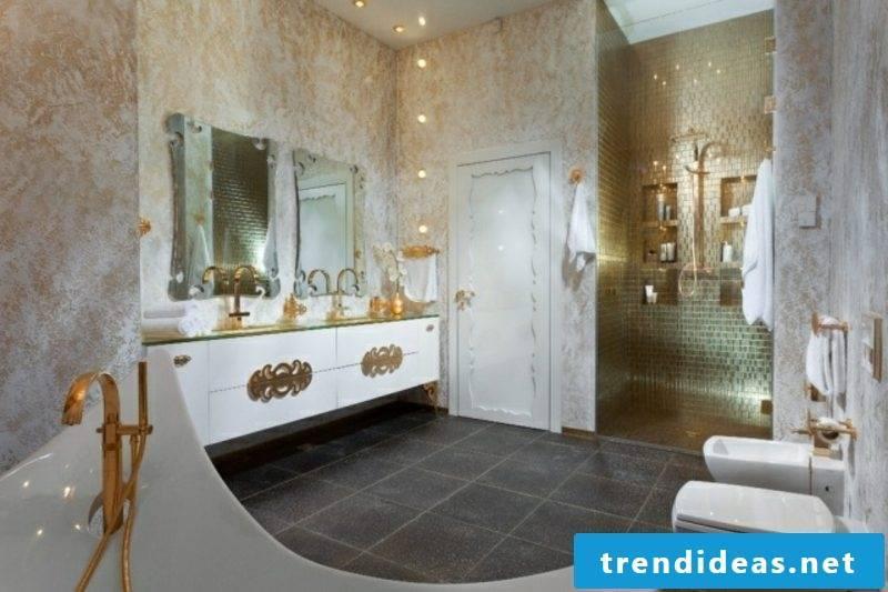 Luxury bathroom royal style