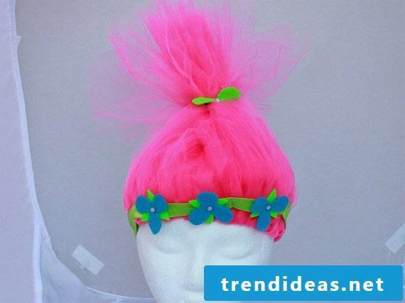 Troll hair made of tulle