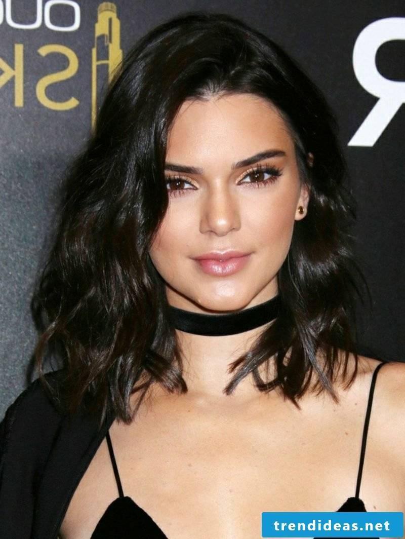 Bob hairstyle long wavy Kendall Jenner