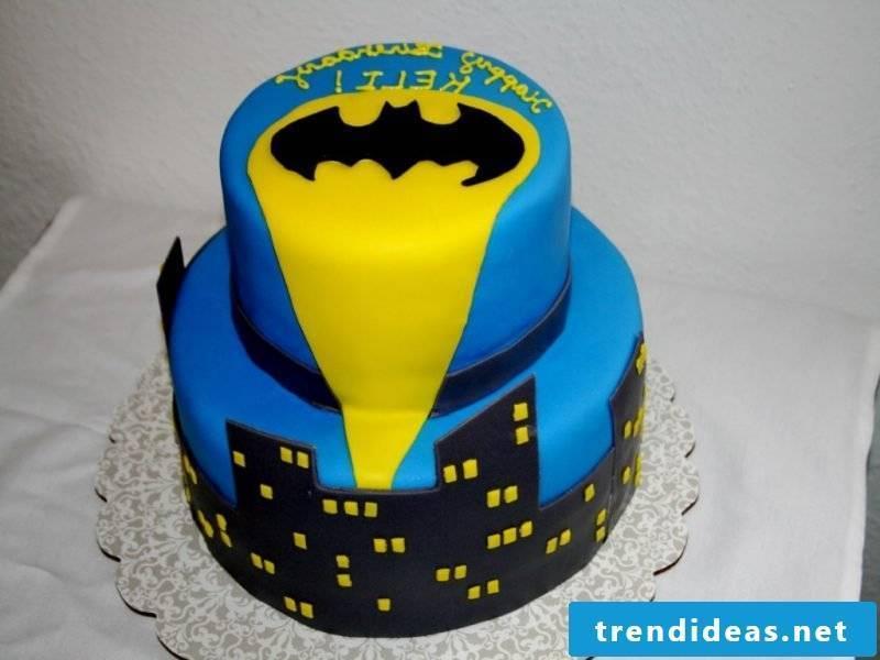 Motif pies themselves make Batman