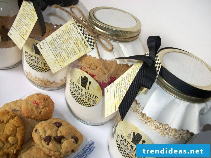 Gift ideas homemade - baking mix biscuits