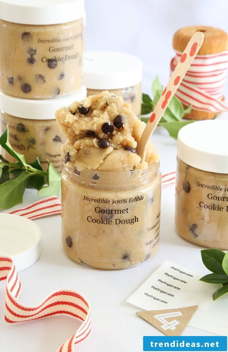 Make baking mix in the glass itself - cookies recipe