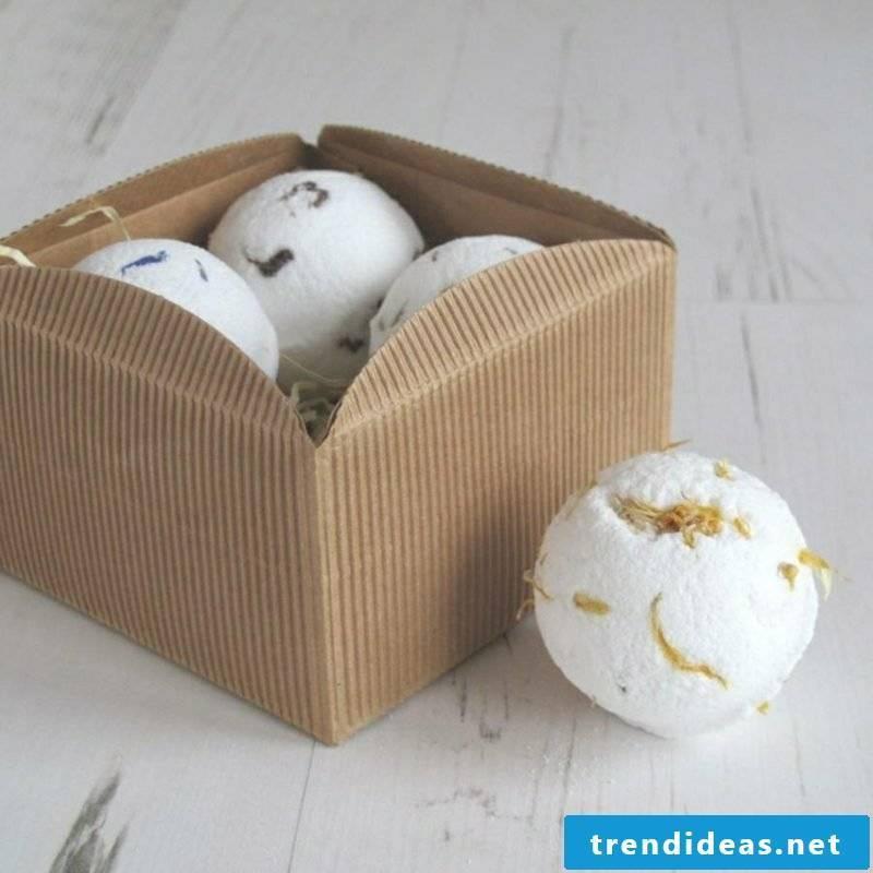Bath balls themselves make great gift ideas