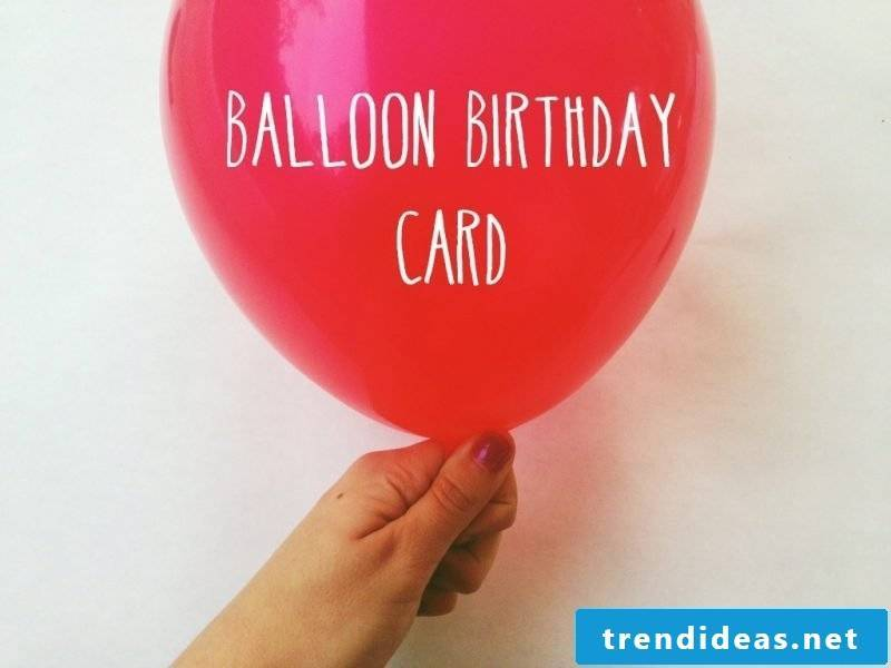 Birthday cards are making with balloon