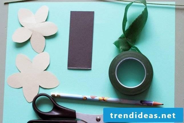 flowers crafting paper flowers crafting crafts ideas flower batseln