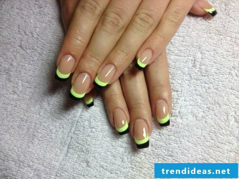 Nail design to make yourself with nail polish French manicure tips two layers