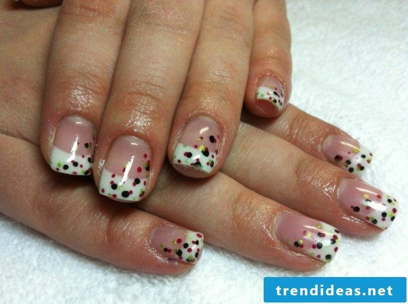 French Nails pattern points gel coat