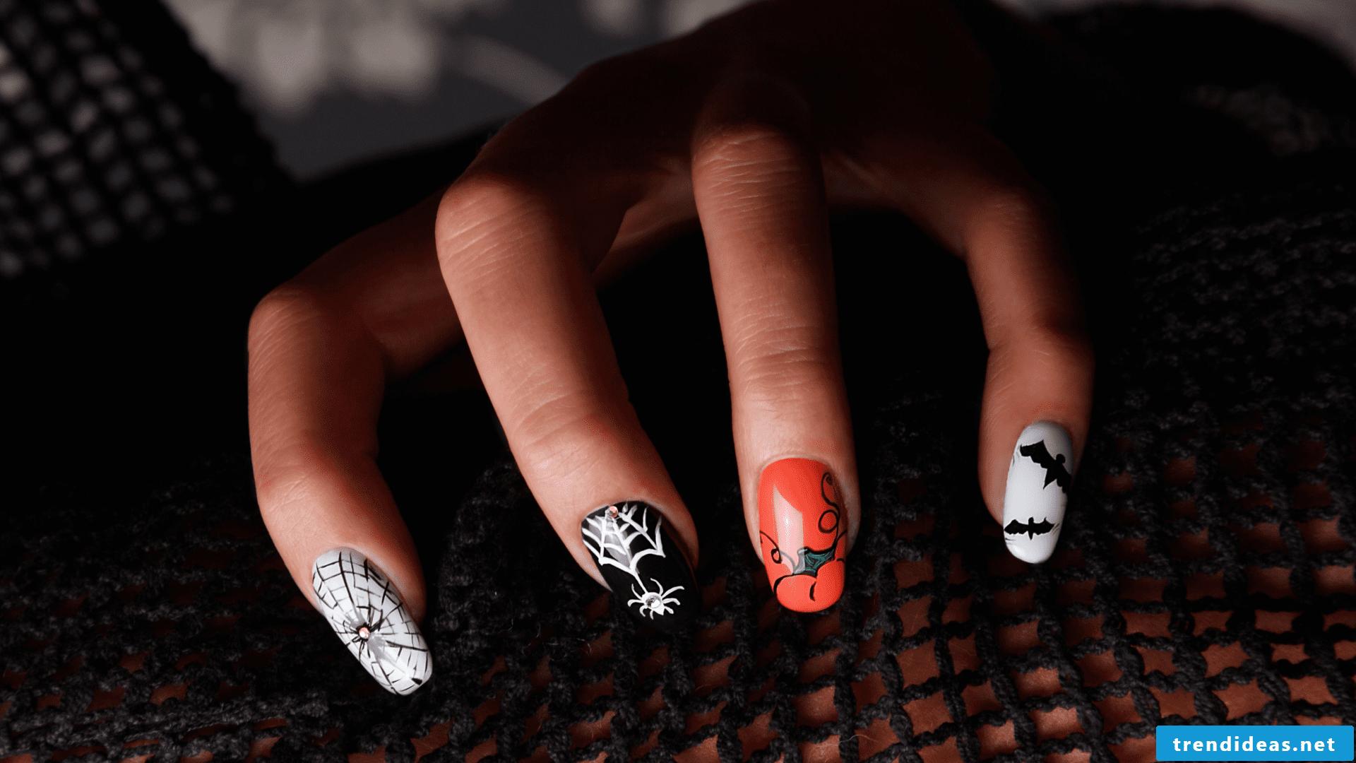 Halloween nails DIY ideas