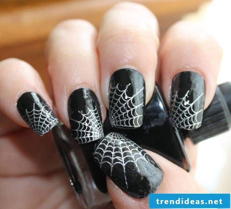 Halloween nails spider web