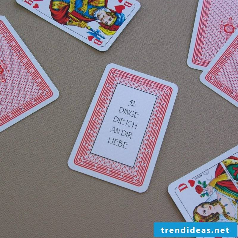 Valentines Day Gifts Make Themselves Playing Cards