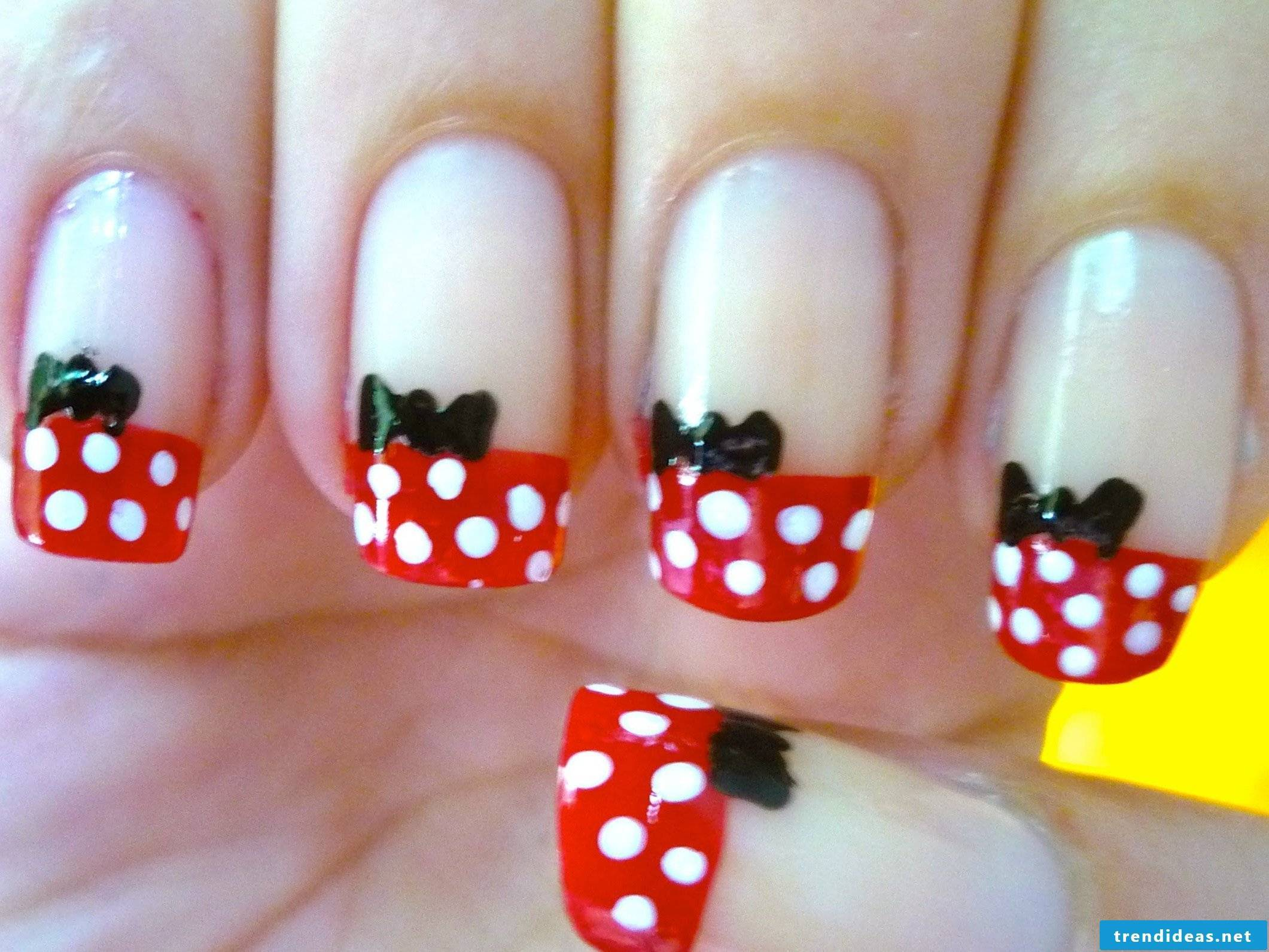 Minnie french nails, easy to do yourself