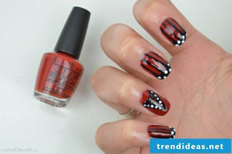 Decoration ideas gel nails in red
