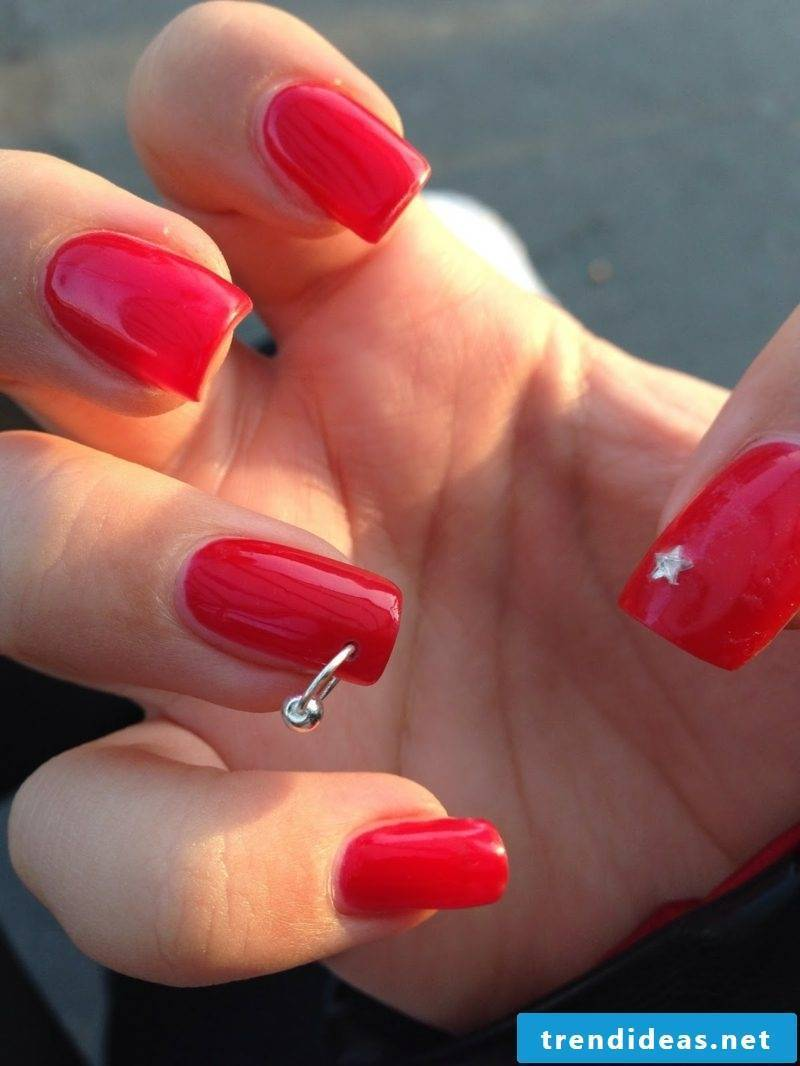 Gel nails in red. Nail design. Creative ideas