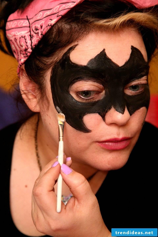 bat make-up fast