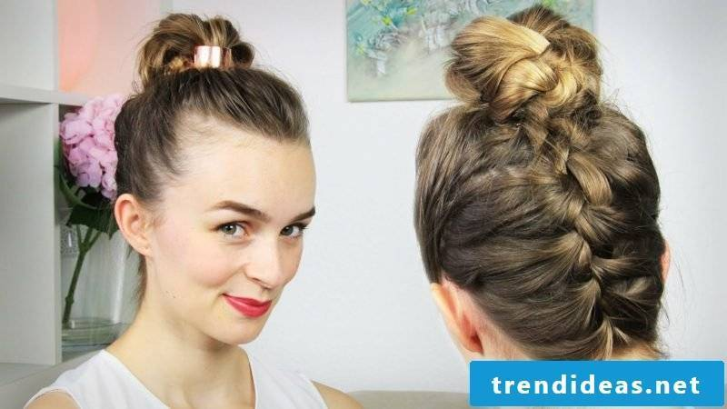 light hairstyles pinned up