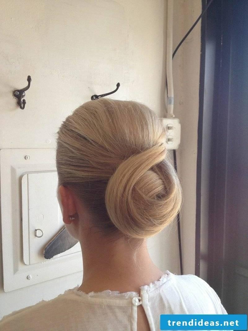 festive hairstyles Chignon