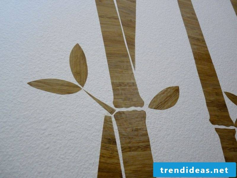 Making a wall tattoo yourself: Cut out different figures from wall felt