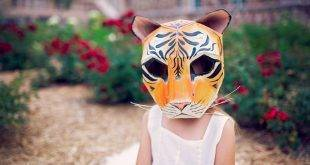 Making animal masks: 14 playful ideas + artwork