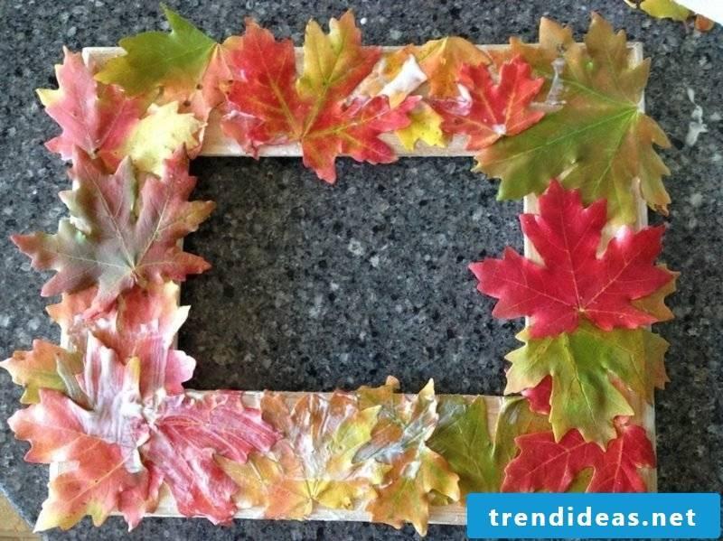 Autumn decoration Ideas photo frame autumn leaves