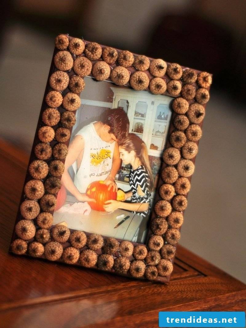 Autumn decoration DIY photo frame with acorns decorate