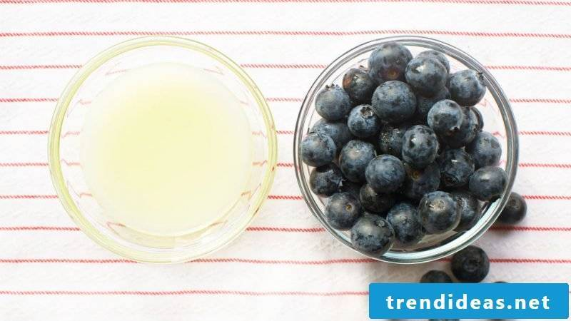 Berries are antioxidants and provide as a detox cream