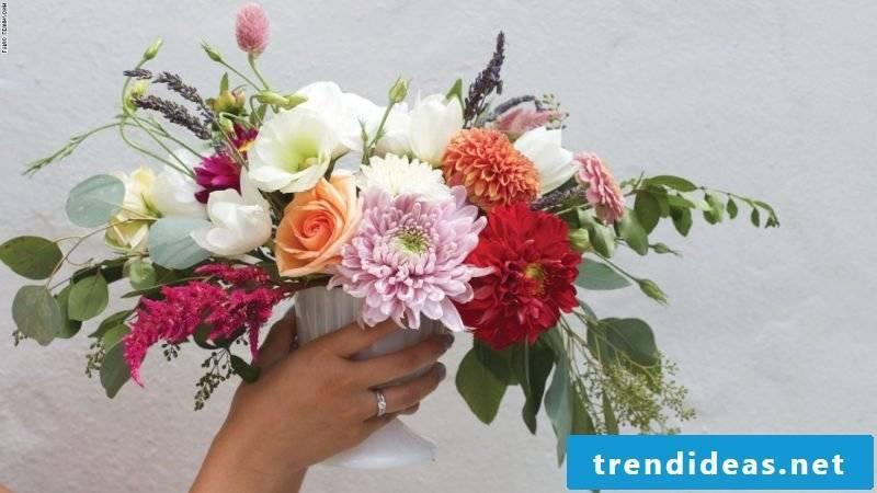 Floral arrangements of flower types