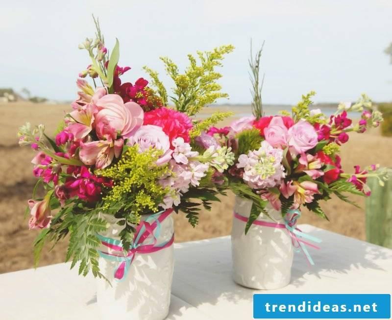 Floral arrangements table decoration