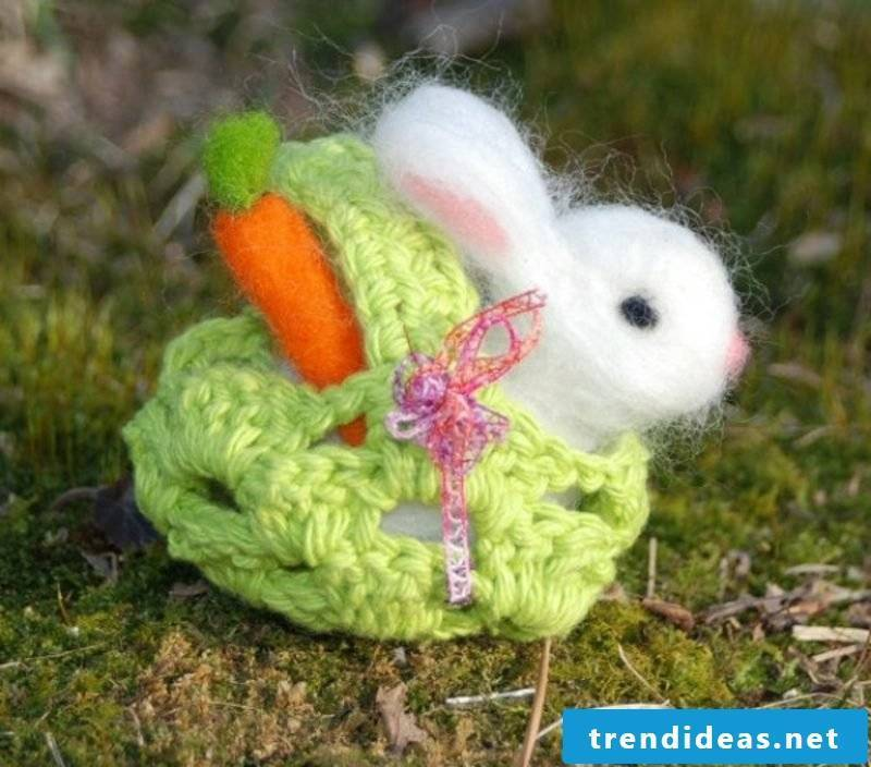 Easter Bunny made of felt cute creative decorating Easter