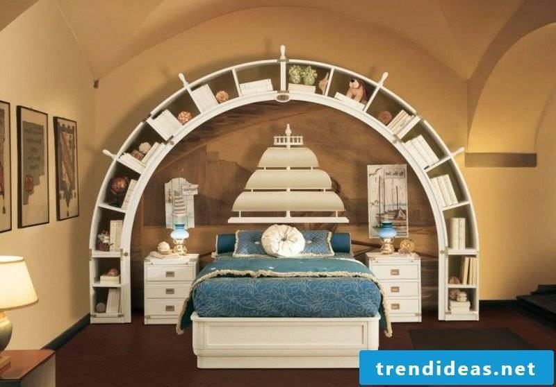 maritime decor bedroom