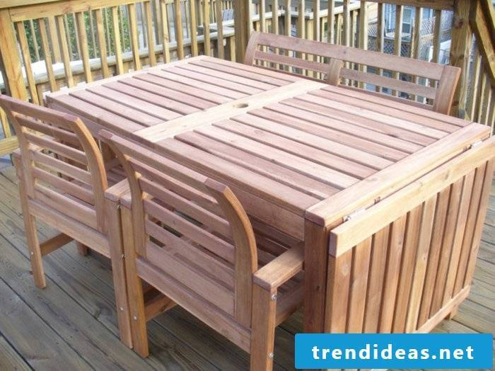 solid-wood garden furniture-table-asklappbarer-four-chairs