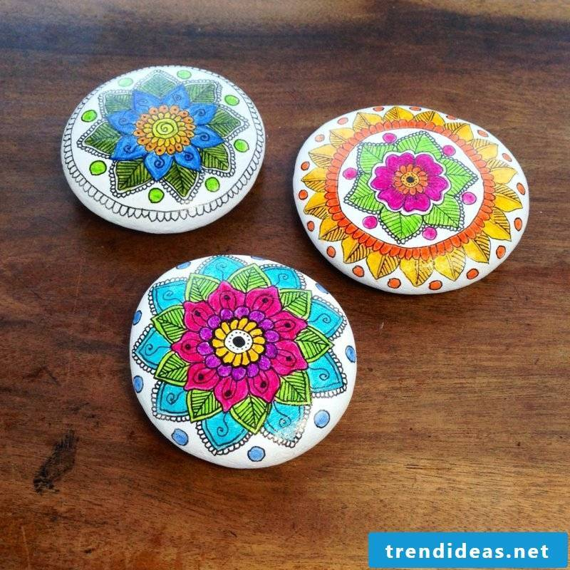 painted stones 3 mandalas