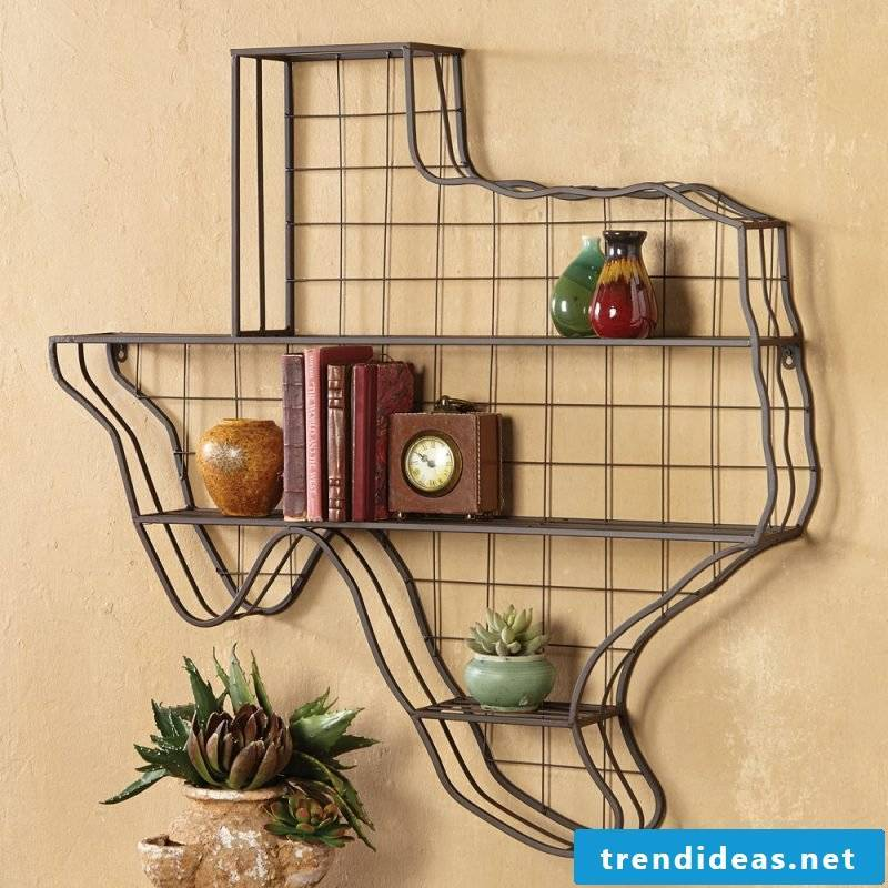 Wall shelf made of metal