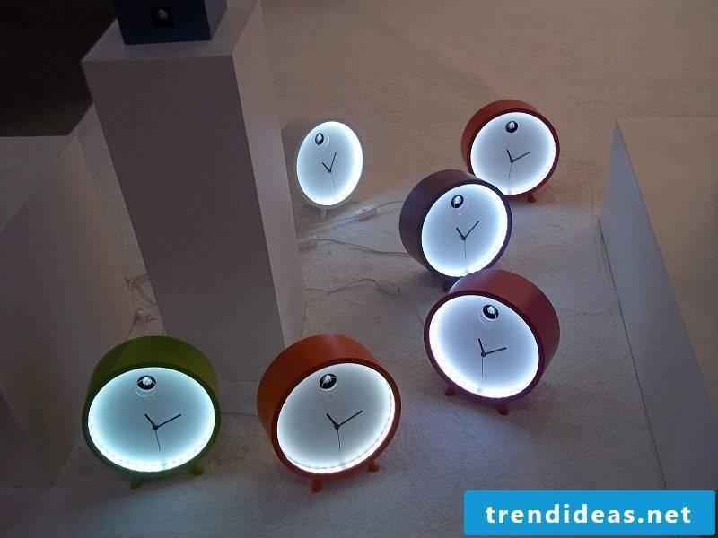 Minimalist cuckoo clocks