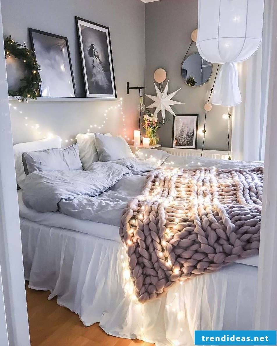 Bedroom modern decorate with knitted blanket