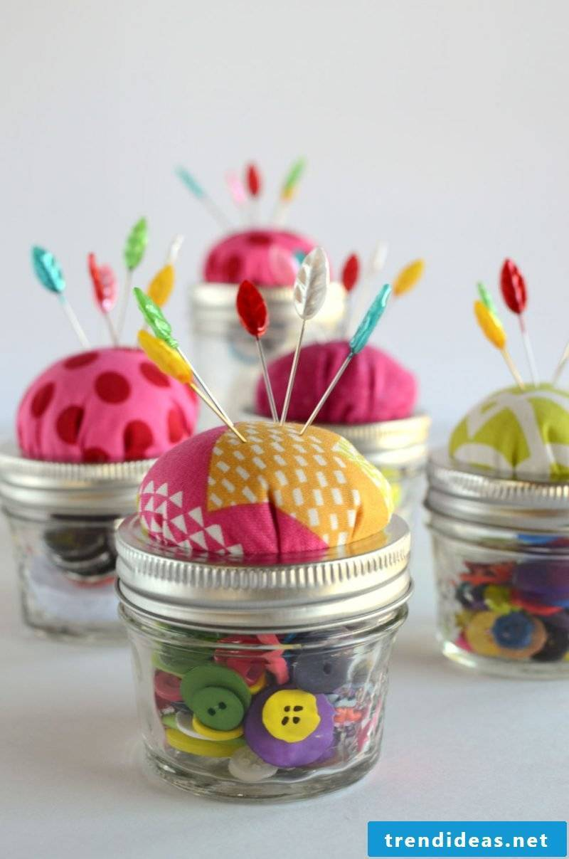Mother's Day Crafting: Gift for mother, who are sewing