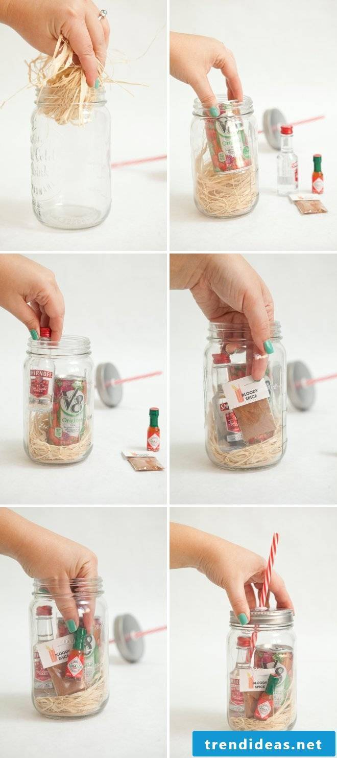 Mother's Day Crafting: DIY Mother's Day Gift Bloody Mary Cocktail in Glass Instructions