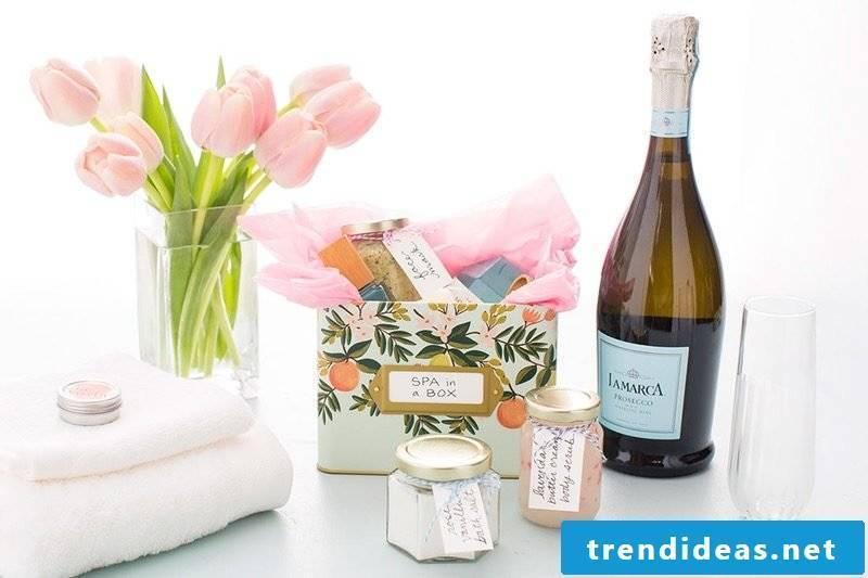 Make Mother's Day Make Spa Box yourself