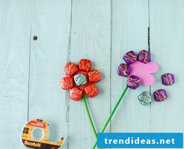Make Mother's Day: Make a candy bouquet yourself