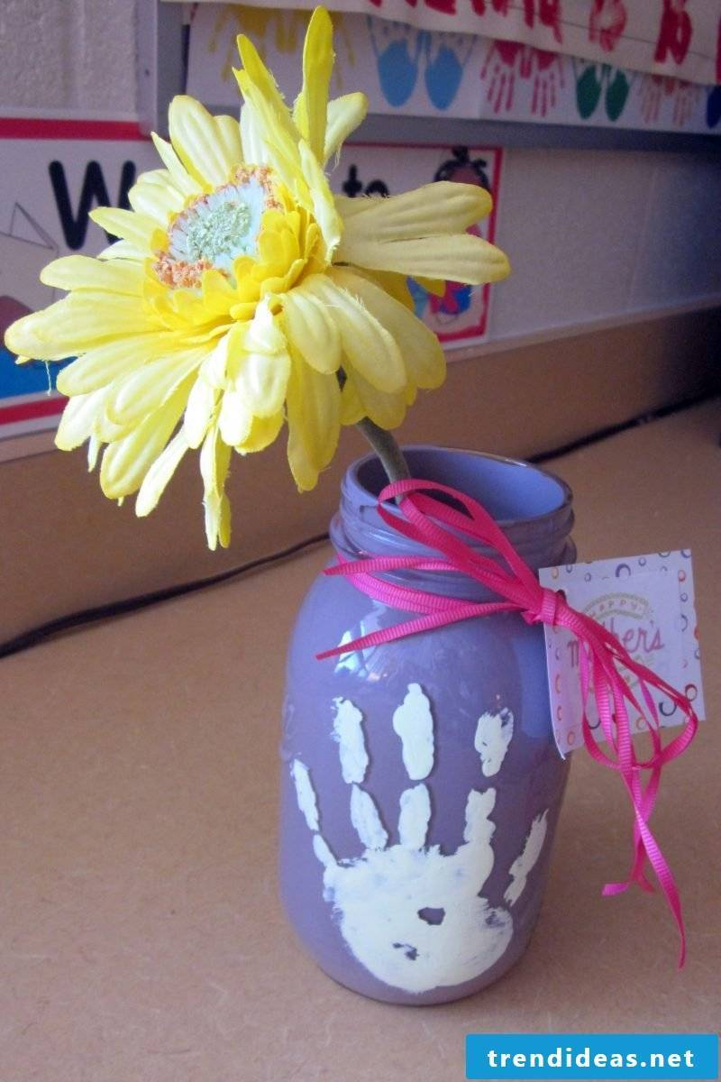 Mother's Day crafts for children