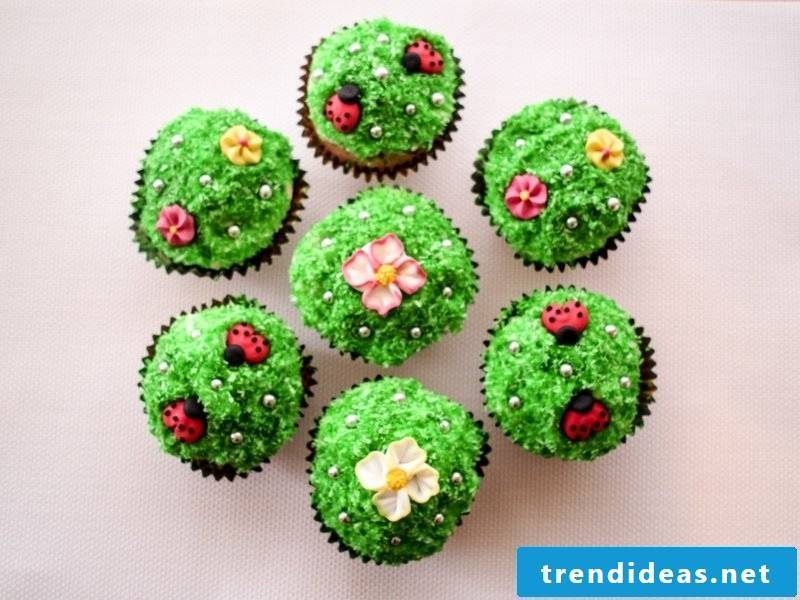 Child birthday muffins flower meadows