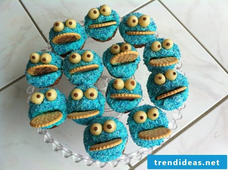 Baking with children Muffins Cookie Monster