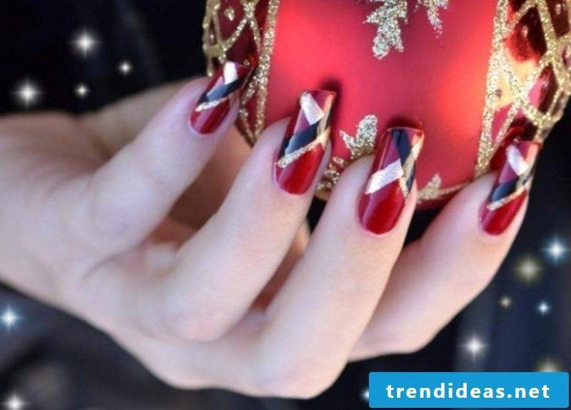 Nailart gallery Christmas geometric pattern