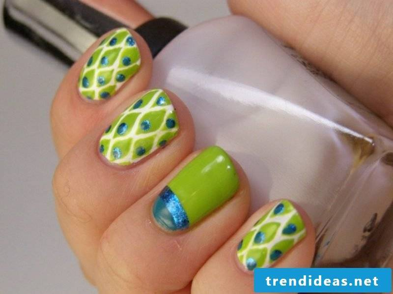 interesting nail design spring