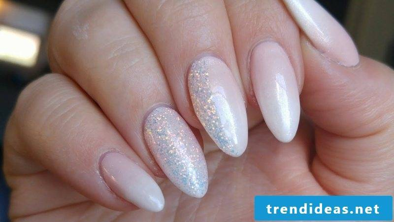 Fingernails baby boomer