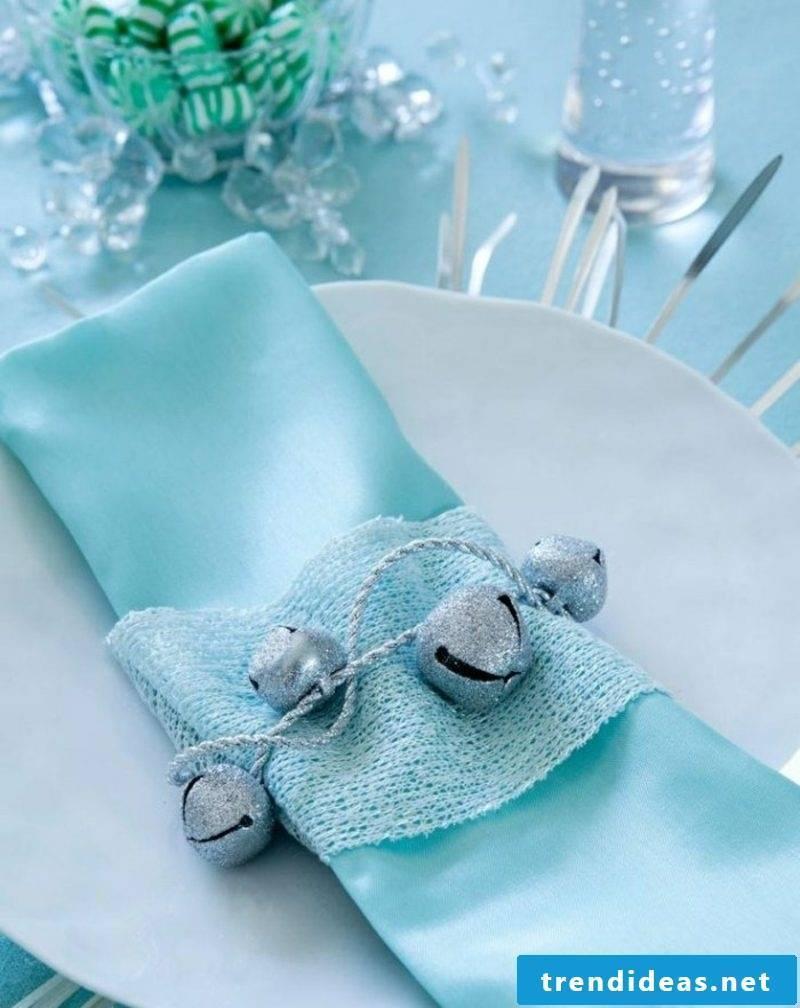 Table decoration Christmas napkins fold wonderful variation in light blue