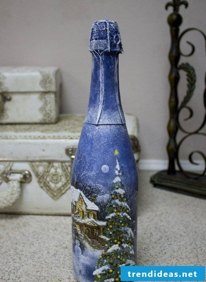 Servietteentechnik Instructions - Decorate the champagne bottle for New Year's Eve party