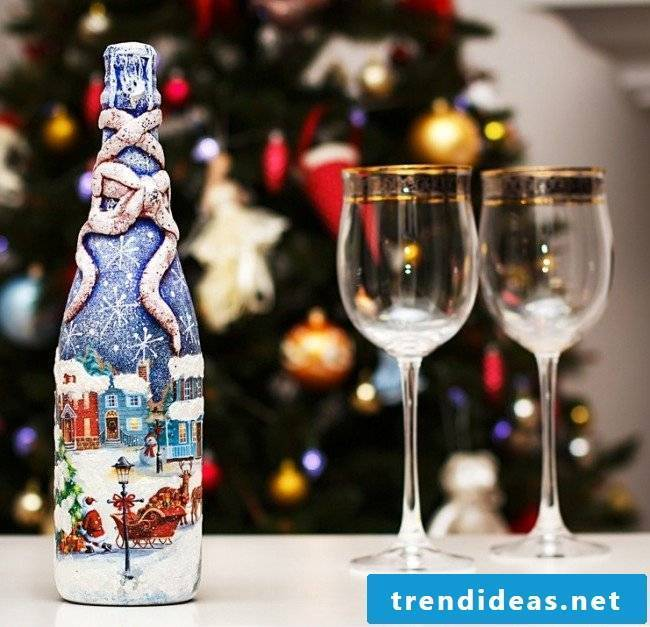 Servietteentechnik Instructions - Decorate champagne bottle for New Year's Eve party