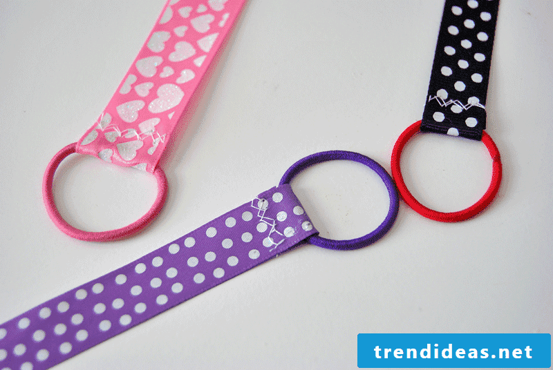 How can you make a ribbon bookmark? - The answer is on zenideen.com