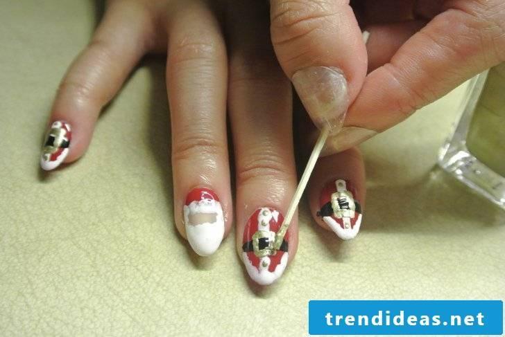 Beautiful gel nails instructions step 5