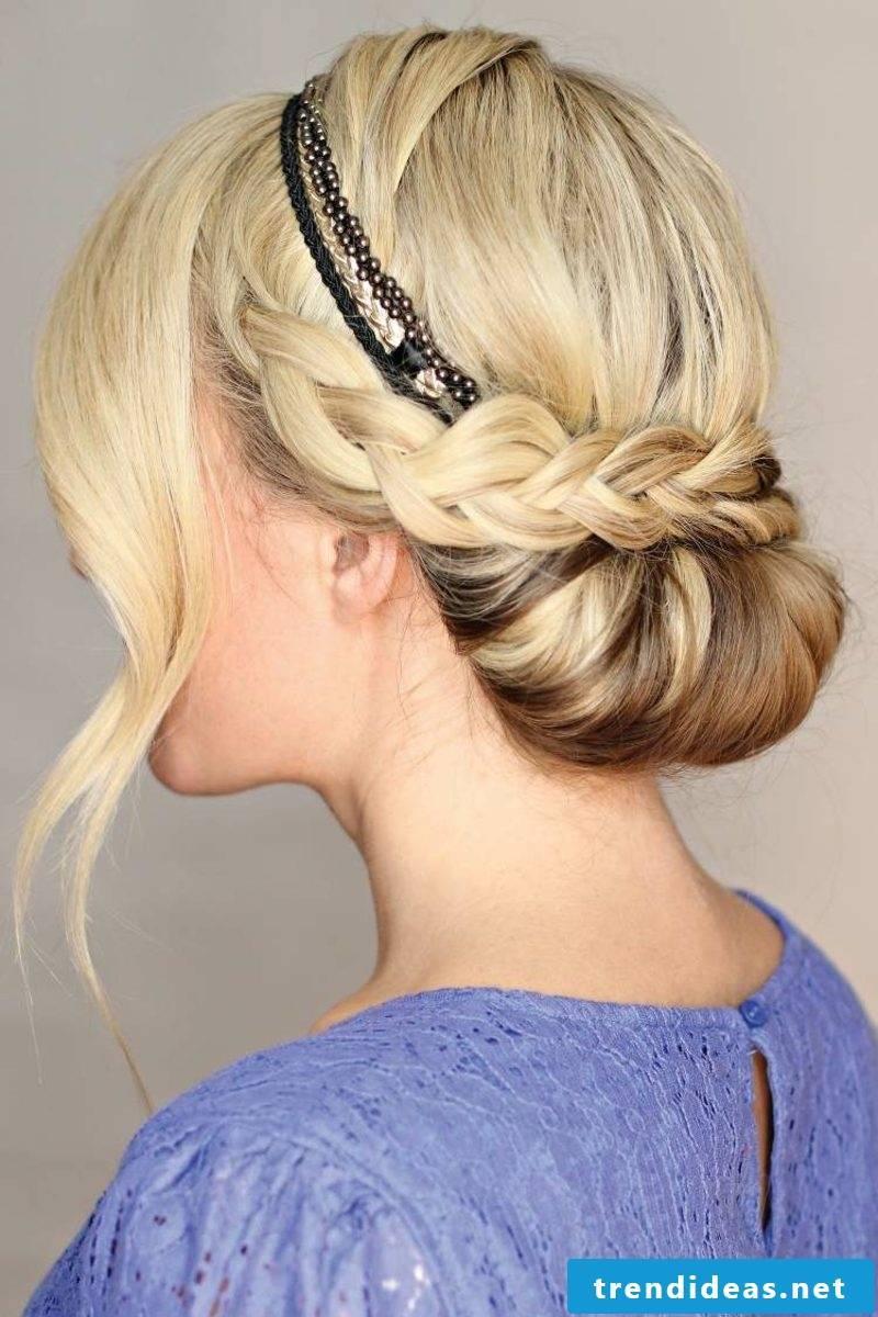 Hairstyle hairband elegant look
